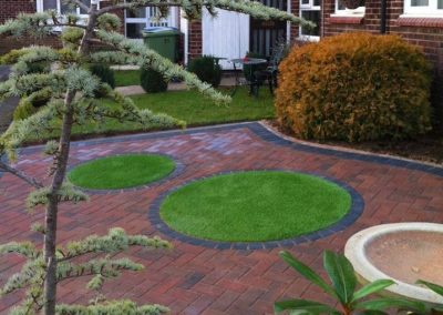 artificial grass circles