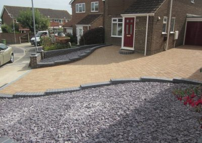 Driveway Walls  and Slate areas – Titchfield